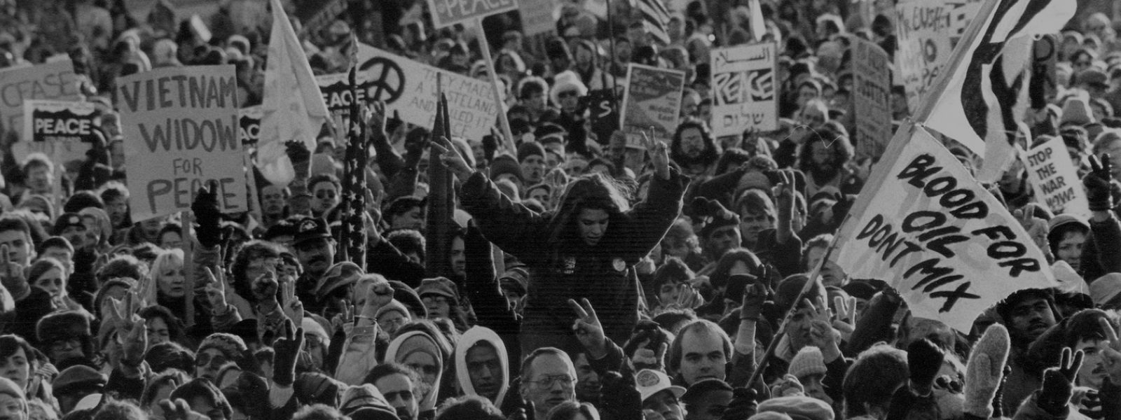 Resist started to support draft resistance and many antiwar demonstration during the Vietnam War